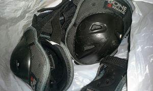 Roller blading gear - boys for Sale in Winchester, VA