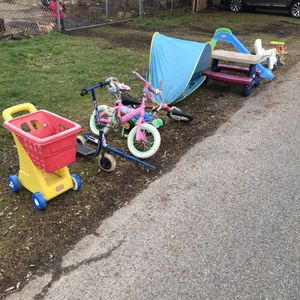 Free Kids Toys for Sale in Seattle, WA