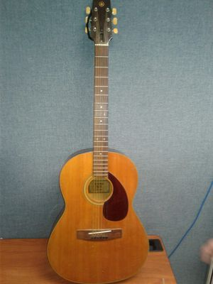Acoustic Guitar Yamaha FG-75 for Sale in Brooklyn, NY