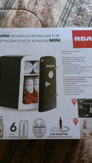 RCA mini beverage Refrigerator for Sale in Lake Wales, FL