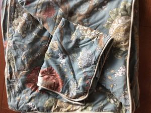 Queen Duvet cover- Pottery Barn for Sale in Denver, CO