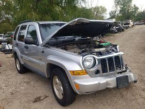 Parts partes partes solamente 2006 Jeep liberty motor 3.7 4x4 for Sale in Dallas, TX