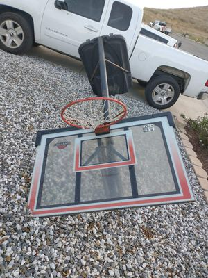 Basketball hoop (adult size) for Sale in Fontana, CA