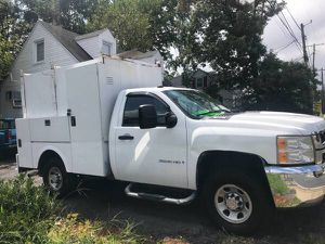 2008 Chevy Silverado kuv walk in utility 4WD ready to work must sell today for Sale in Woodlawn, MD