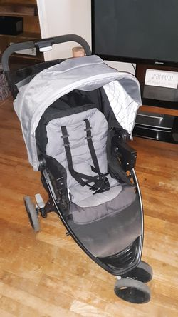 Baby stroller that has rarely been used and an excellent condition for Sale in Grape Creek,  TX