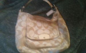 Coach purse for Sale in Modesto, CA