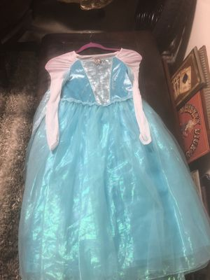 Elsa dress for Sale in Oak Glen, CA