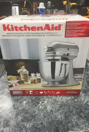 Kitchen aid 5 quart mixer // model # ksm150psmc for Sale in Silver Spring, MD