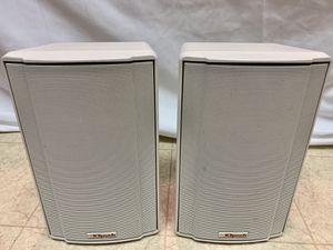 KLIPSCH KSB 1.1 WHITE BOOkSHELF SPEAKERS for Sale in Stockton, CA