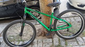 """Mongoose mountain bike blisshoes """"29 inch very good conditions Is very high and road very well for Sale in The Bronx, NY"""