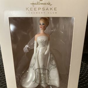 2007 Hallmark Keepsake Barbie Joyeux Ornament for Sale in Gilbert, AZ