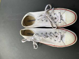 Converse size 8 for Sale in Raleigh, NC