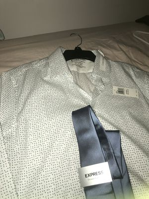 Calvin Klein Men's Dress shirt with Express Tie for Sale in East Chicago, IN