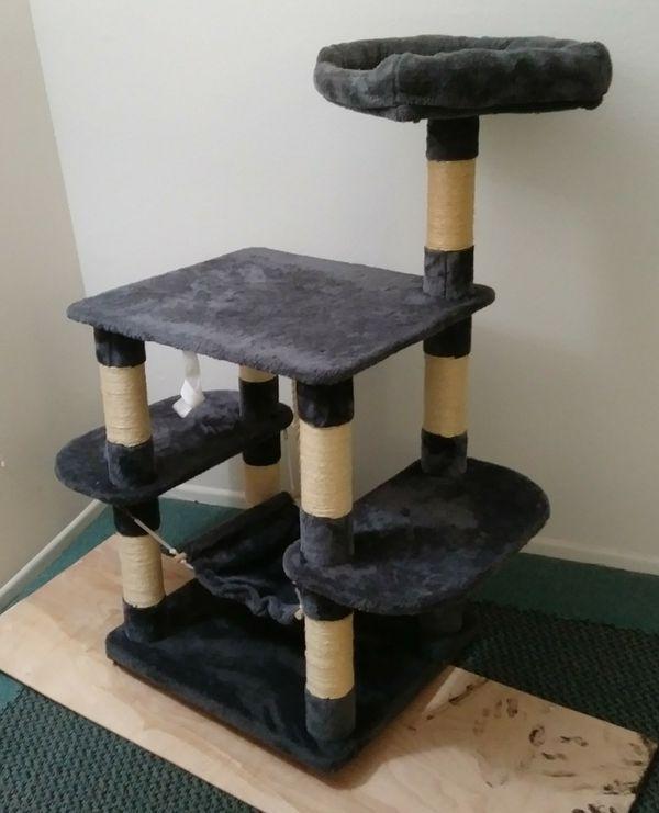 "48"" $45 CAT TREE w/hammock. Nest at top. Gray. Perfect @Encino"