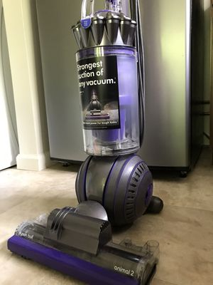 Dyson Vacuum Animal 2 for Sale in COCKYSVIL, MD