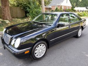 Mercedes Benz E 320 4 matic (clean)!! for Sale in Windsor Mill, MD