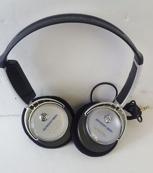 Sony Headband Noise-Cancelling Headphones for Sale in Denver, CO