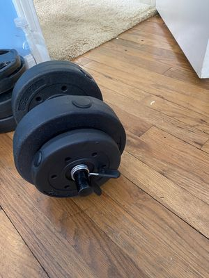 1 Dumbbell 20 lbs for Sale in Cleveland, OH