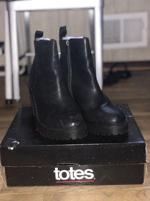 Dr. Martens Magdalena Heeled Boots Women 10 for Sale in Carteret, NJ