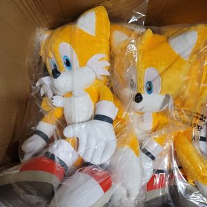 """Sonic the Hedgehog Tails 19"""" Plush Backpack for Sale in Los Angeles, CA"""