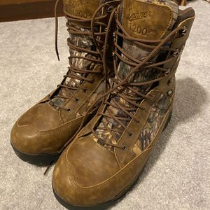 Danner Boots for Sale in Beachwood, NJ