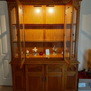 China Cabinet Cherry Wood for Sale in New Port Richey, FL