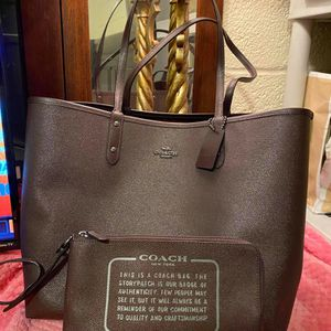 Reversible Brown Coach Purse and Wallet Set for Sale in Moreno Valley, CA