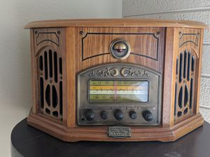 Solid wood electric radio made to look antique, has a secret hiding place or jewlery box. for Sale in Phoenix, AZ