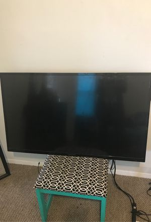 "55 "" non smart tv and mount. I will deliver if I'm the area for a fee. for Sale in Baltimore, MD"