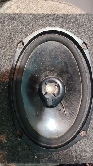 In home speaker, dual I think for Sale in Adrian, MI