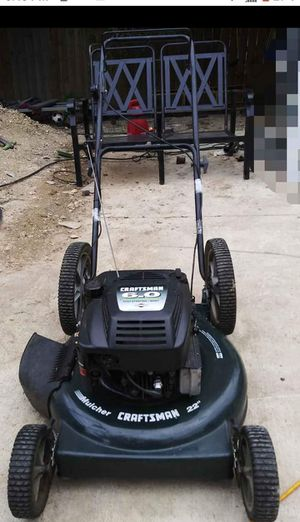 Craftzman lawn mower for Sale in Del Valle, TX