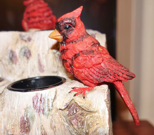 (FREE DELIVERY) PIER 1 IMPORTS Red Cardinal Bird Christmas Tea Light Candle Holder Decor