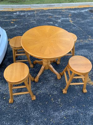 Wooden Dining table FDL for Sale in Wheeling, IL