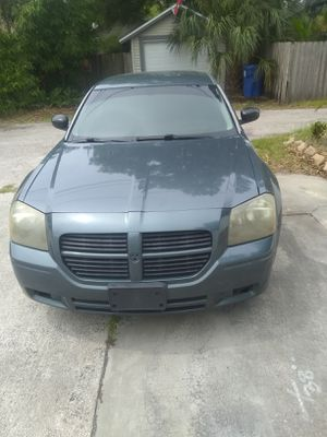 2005 Dodge Magnum 3.5l v6 for Sale in St. Petersburg, FL