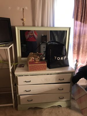 Girls dresser for Sale in Mill City, OR