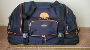 """Duffle bag with Rolling Wheels and Backpack Straps - 30""""x14.5""""x16"""" for Sale in Torrance, CA"""