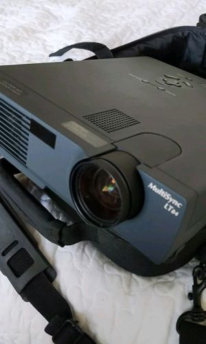 MultiSync projector for Sale in Long Beach, CA