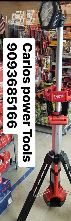 MILWUAKEE M18 CORDLESS OR CORDED DUAL POWER TOWER LIGHT BRAND NEW for Sale in San Bernardino, CA
