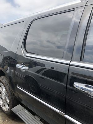2010 Escalade parting out not crashed oem parts clean for Sale in Los Alamitos, CA