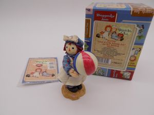 "NIB Raggedy Ann & Andy ""Catch A Little Summer Fun"" Figurine for Sale in Glendale, AZ"