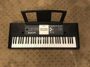 Yamaha YPT-230 Piano Keyboard for Sale in Herndon, VA