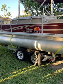 2018 Pontoon 22 Ft . for Sale in Miami,  FL