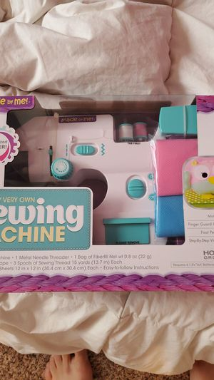 Sewing machine for kids for Sale in New Port Richey, FL