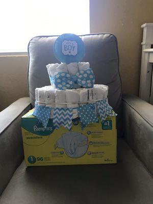 Huggies new born diaper cake and box for Sale in Palo Alto, CA