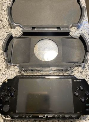 Sony PSP game console with Sony headphones +7games for Sale in Thornton, CO