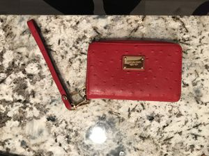 Like new Michael Kors red leather wristlet for Sale in Denver, CO