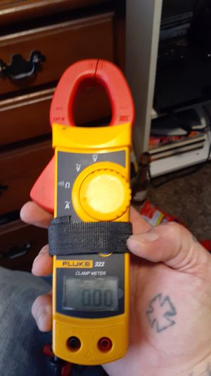Fluke 322 clamp meter for Sale in Easley, SC