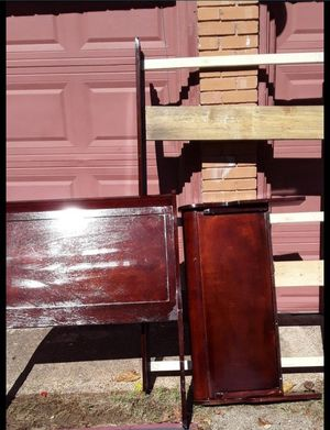 NAME YOUR PRICE TWIN SIZE BED FRAME AND U MUST B ABLE TO PICK UP ONLY for Sale in Dallas, TX