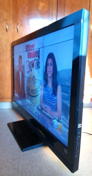 "48"" SONY BRAVIA LCD HDTV------( FREE DELIVERY ) for Sale in Lynwood, CA"