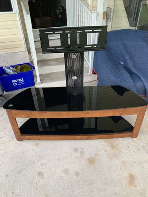 """60"""" tv stand with lcd bracket for Sale in Boca Raton, FL"""